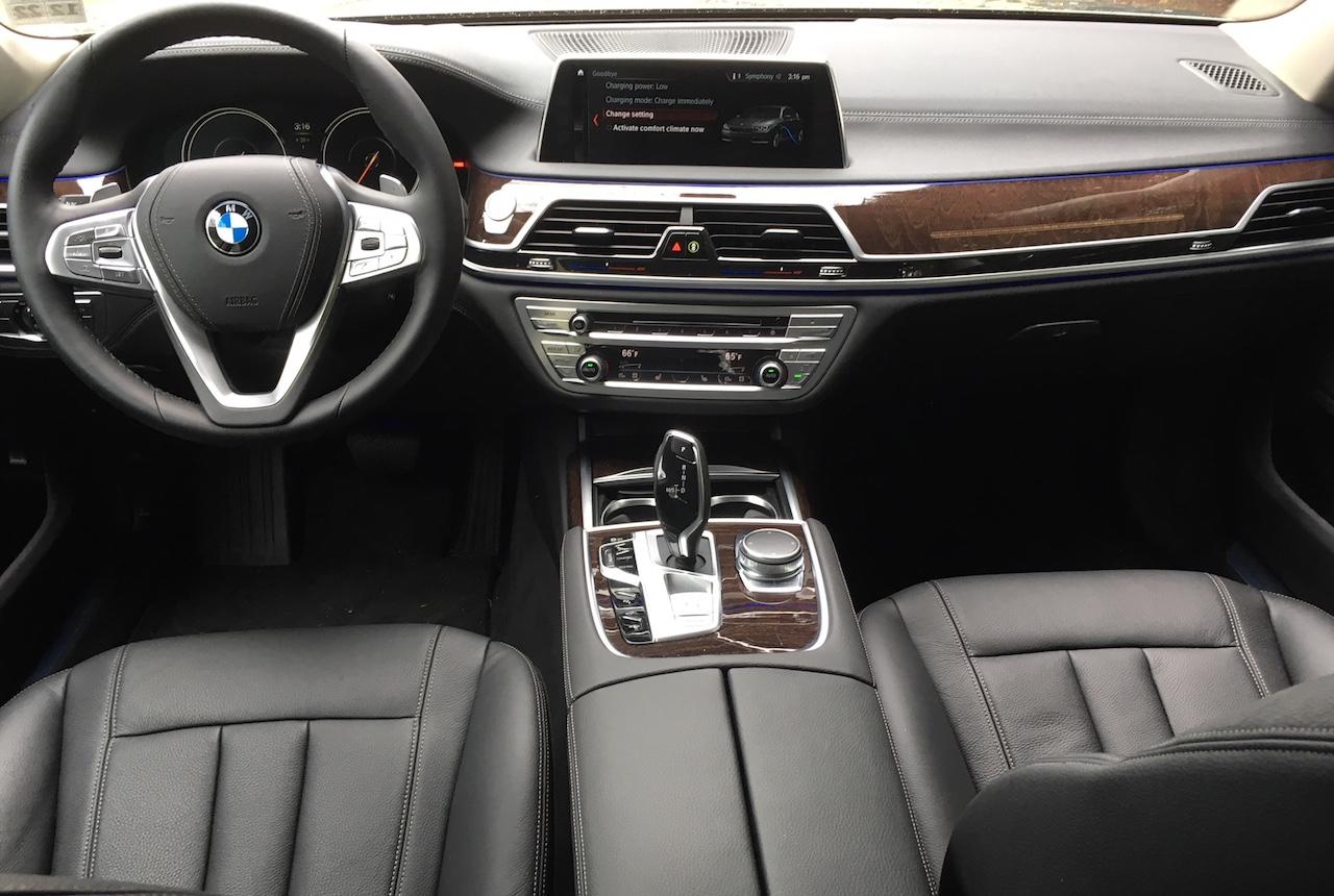 2018 BMW 740e.