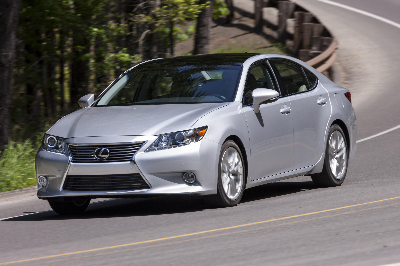 Toyota: Lexus ES 350