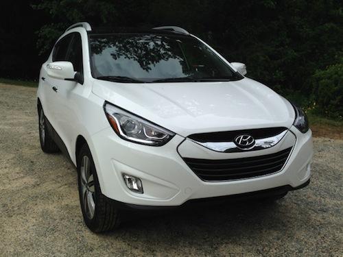 2014 Hyundai Tucson Limited FWD edition.