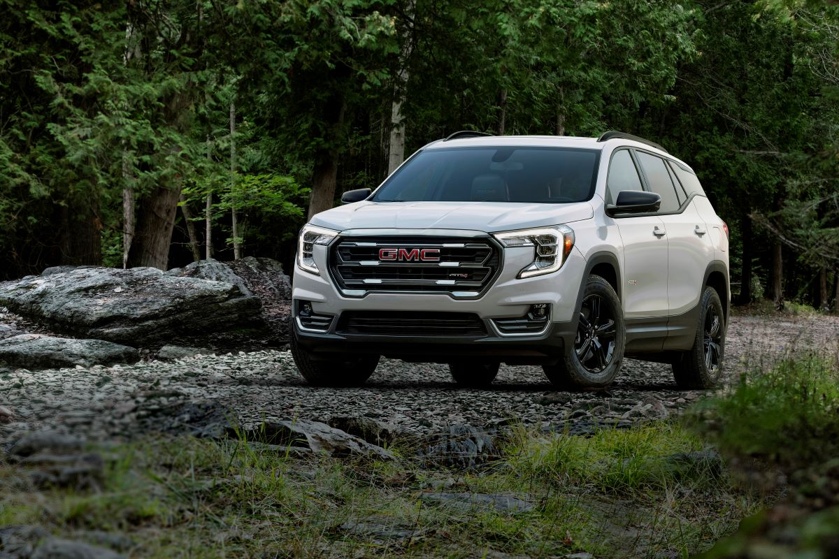 2022 GMC Terrain AT4