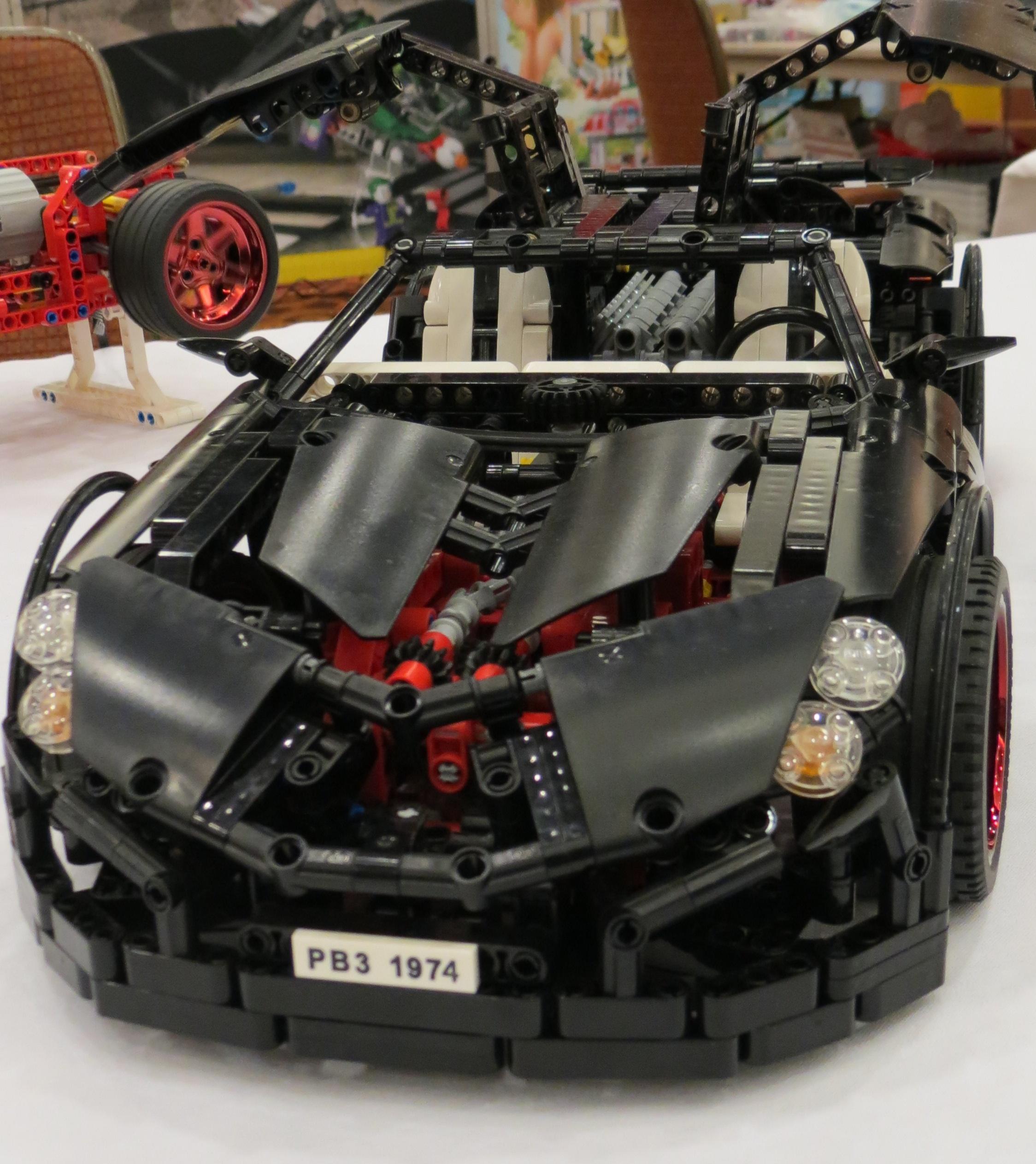 LEGO Super Cars