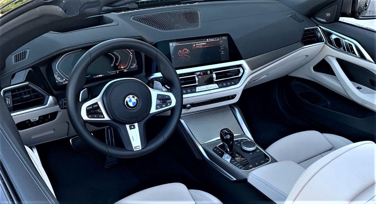 BMW M440i dashboard