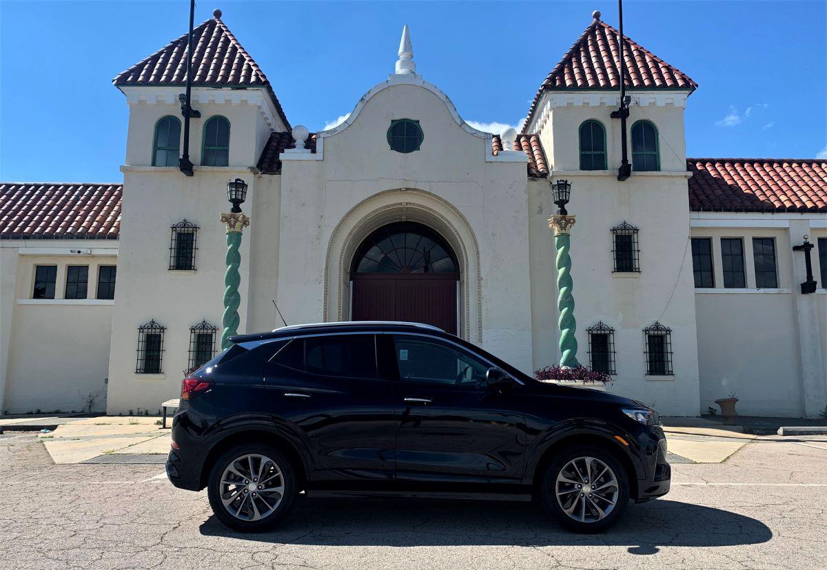 2021 Buick Encore GX profile