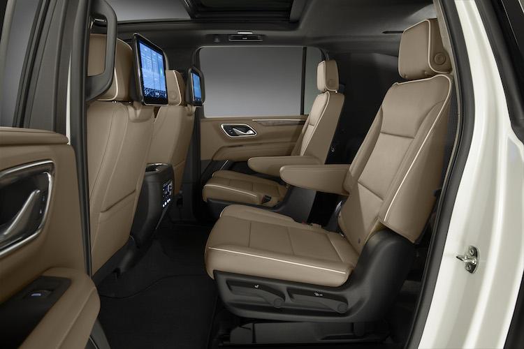Bigger Yet: 2021 Chevrolet Tahoe and Suburban SUVs — Auto ...
