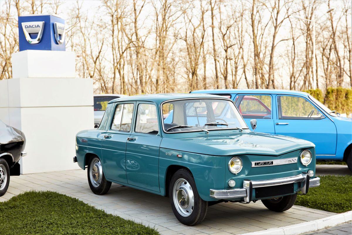 Dacia 1100.