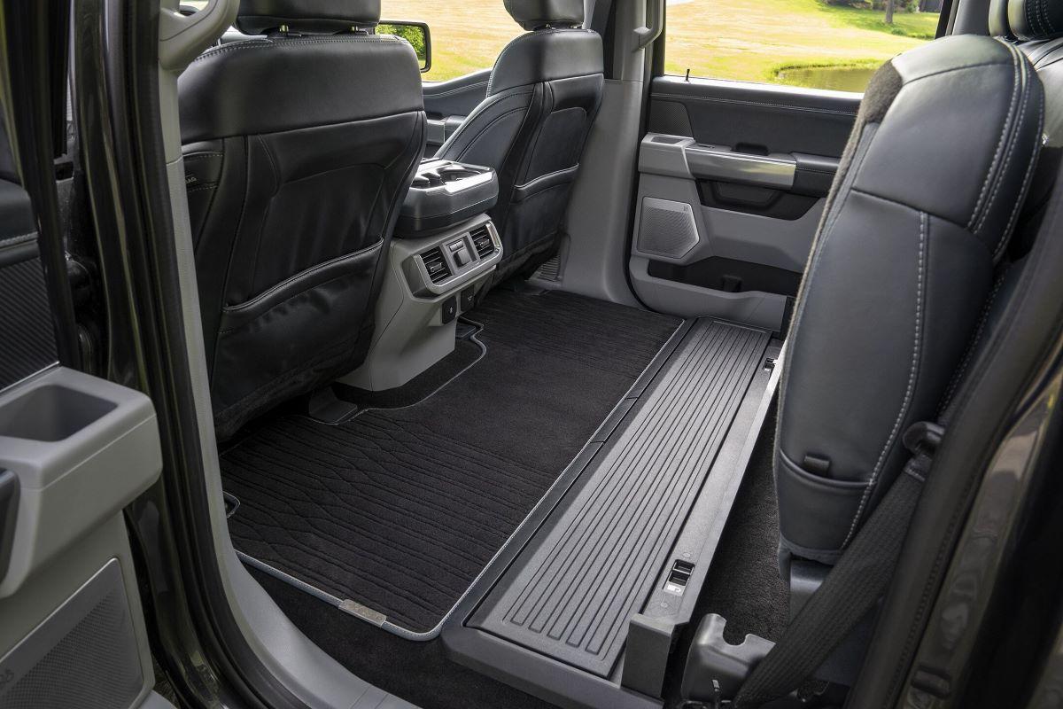 2021 Ford F-150 Hybrid Cabin