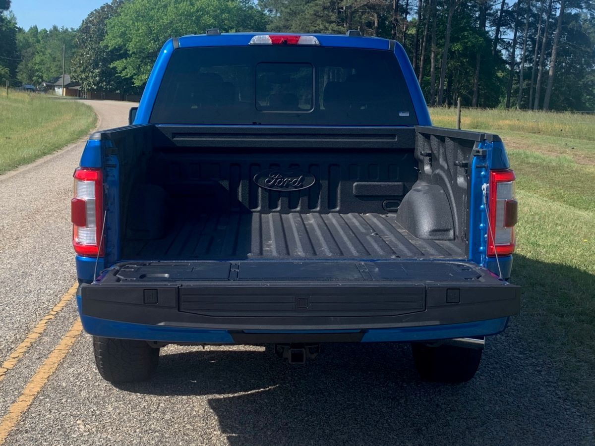 2021 Ford F-150 Hybrid Tailgate down