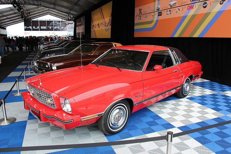 1974 Ford Mustang Ghia