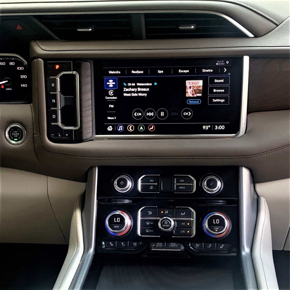 2021 GMC Yukon XL display