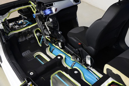PSA Peugeot Citroën showcases its hybrid air system.