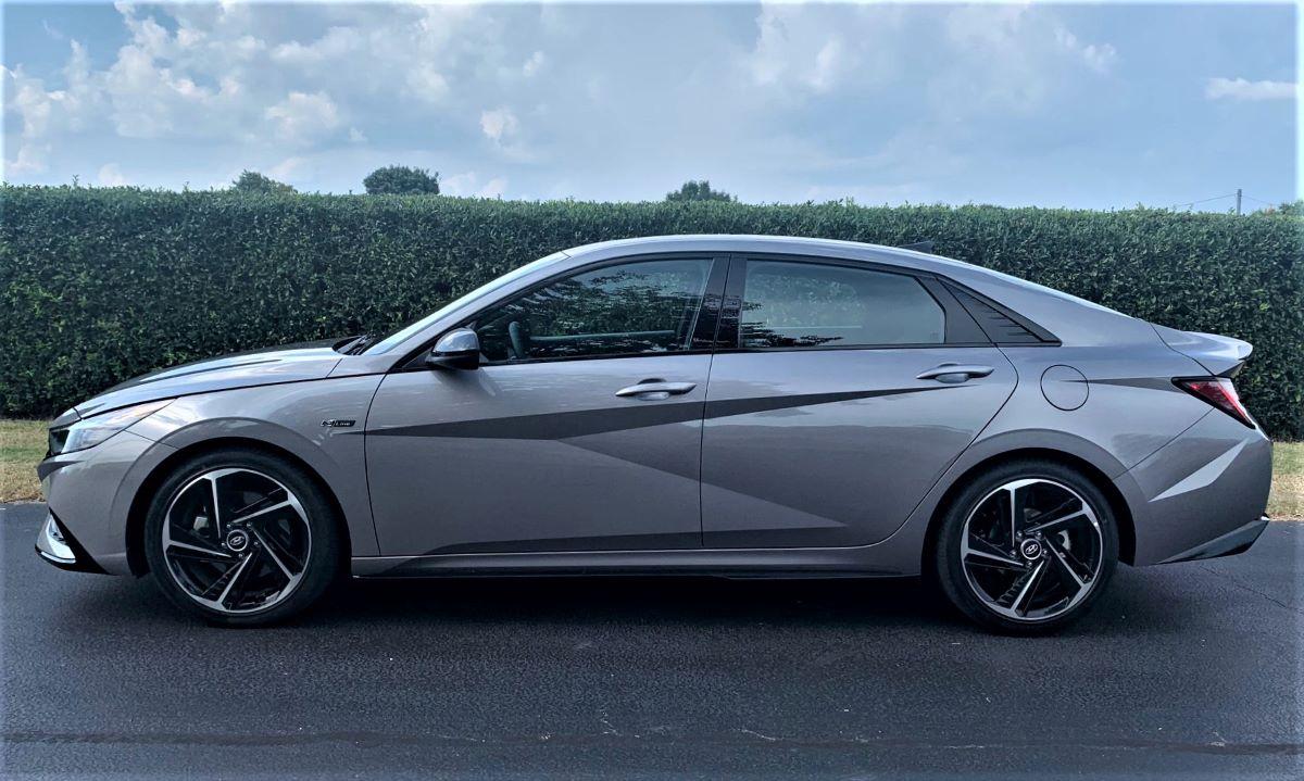 2021 Hyundai Elantra N Line profile
