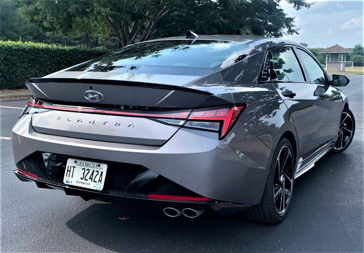 2021 Hyundai Elantra N Line rear