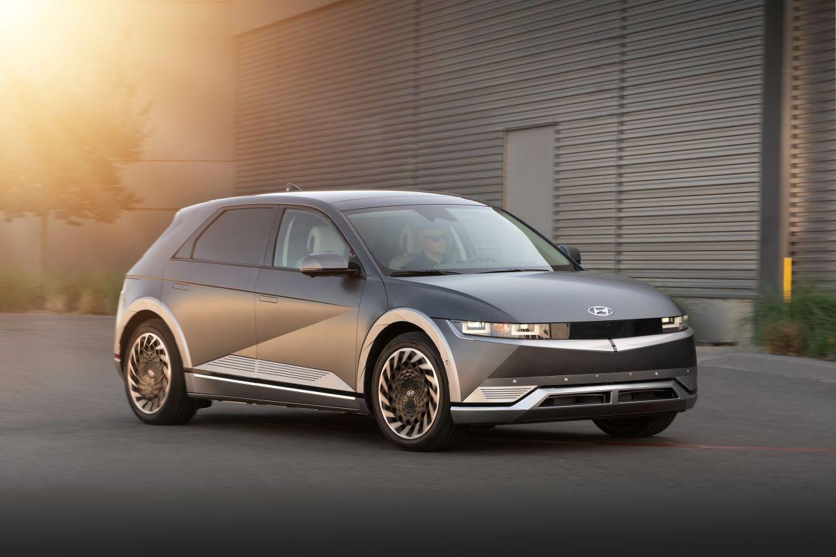2022 Hyundai Ioniq 5 front