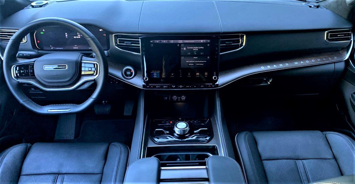 2022 Jeep Grand Wagoneer dashboard