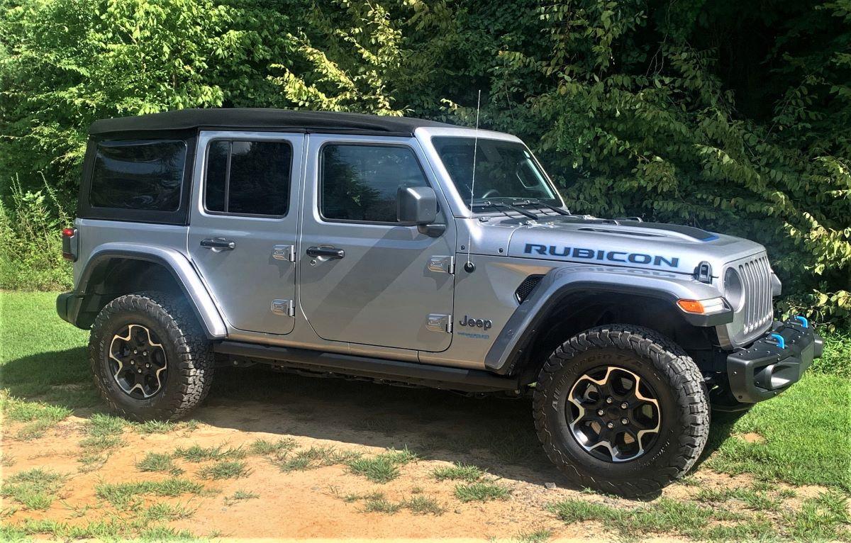 Jeep Wrangler Unlimited Rubicon 4xe profile