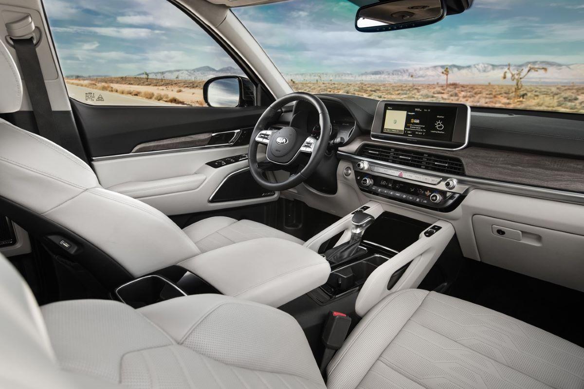 Kia Telluride SX interior