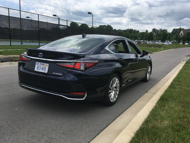 2019 Lexus ES Hybrid