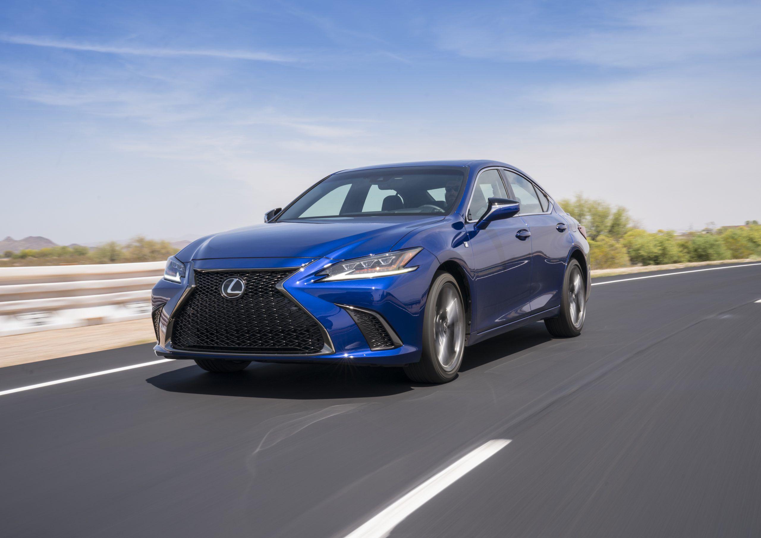 Lexus ES front fascia