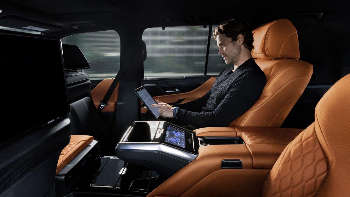 2022 Lexus LX 600 Ultra Luxury