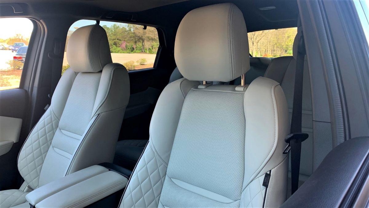 Mazda CX-9 front seats