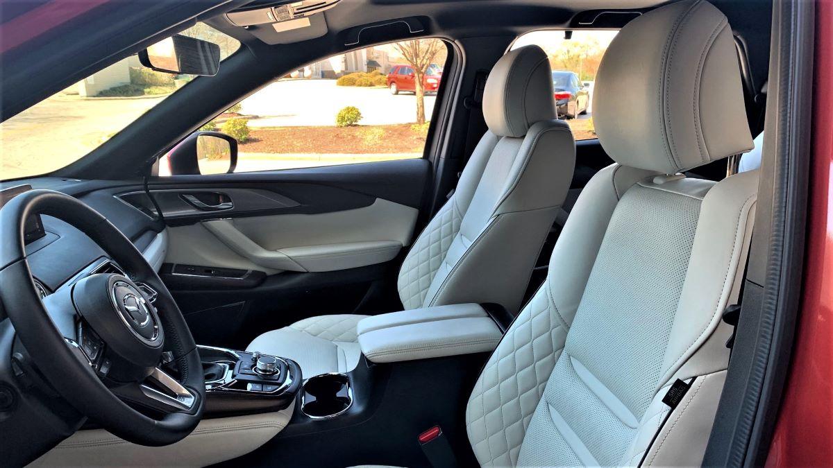 Mazda CX-9 side interior cabin