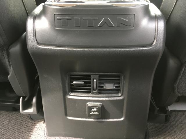 2017 Nissan Titan SL Crew Cab 4x4