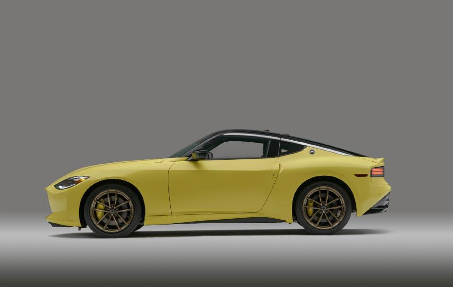 2023 Nissan Z profile