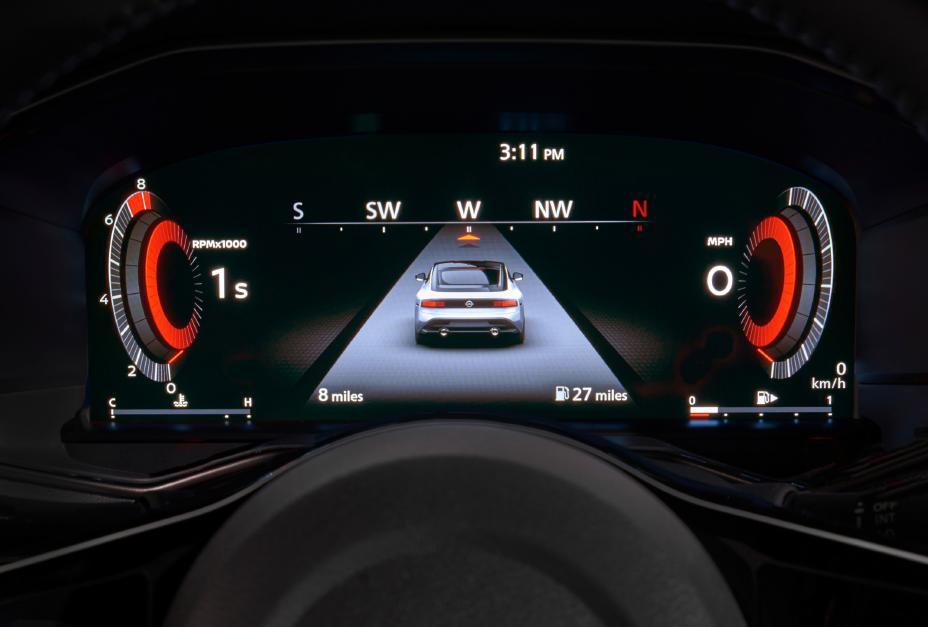 2023 Nissan Z display