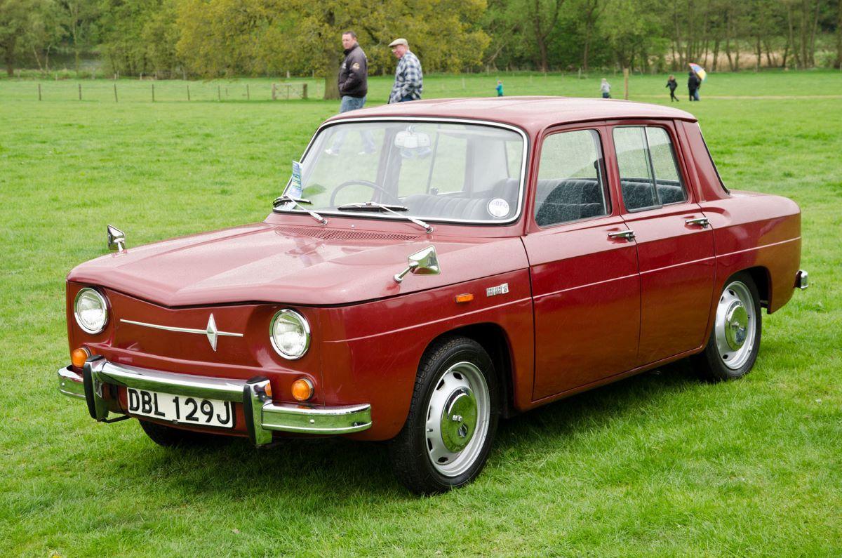 Renault 8.