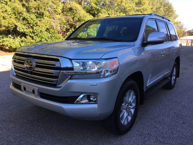 2017 Toyota Land Cruiser