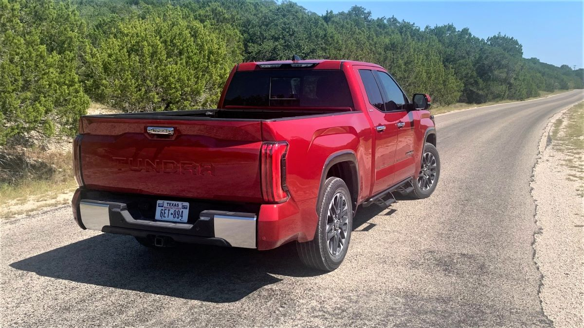Toyota pickup tailgate up