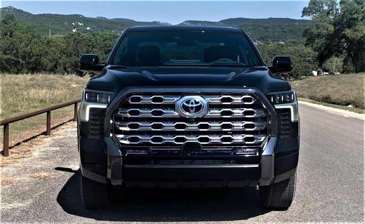 Toyota pickup front fascia