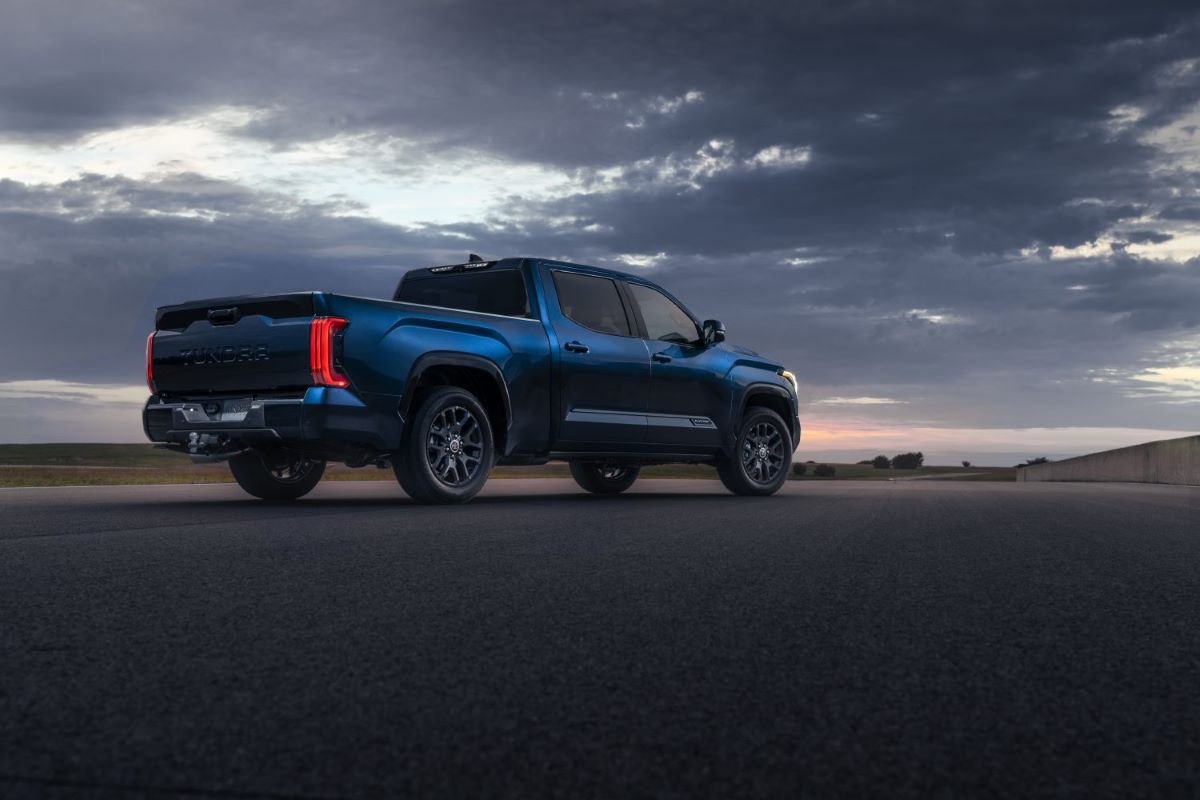 2022 Toyota Tundra Blue
