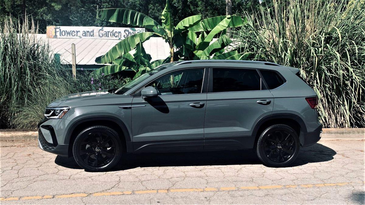 Volkswagen Taos profile