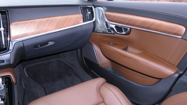 2018 Volvo S90 T8