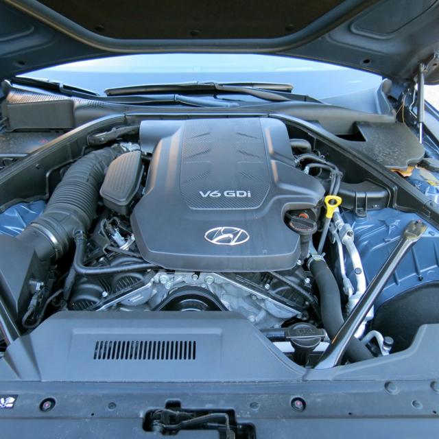 2016 Hyundai Genesis Sedan